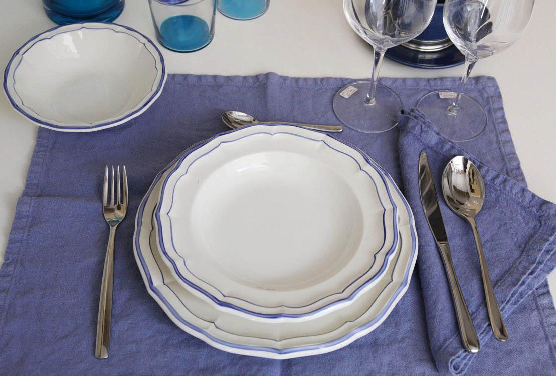 Servizio di piatti in ceramica tosoni gioielli mantova for Servizio di piatti