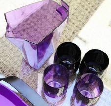 Pincher porta bibita in policarbonato e bicchieri